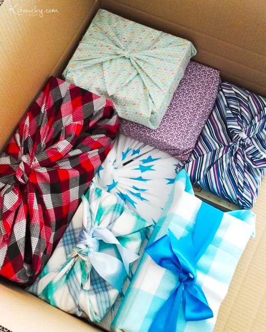 Attendre Noël en emballant ses cadeaux dans du tissu...