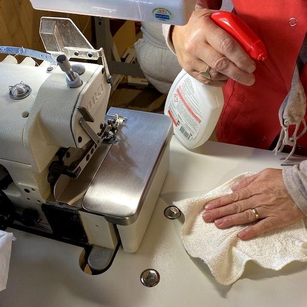 Vente en ligne et hygiène : Désinfecter le poste de fabrication des cotons lavables !